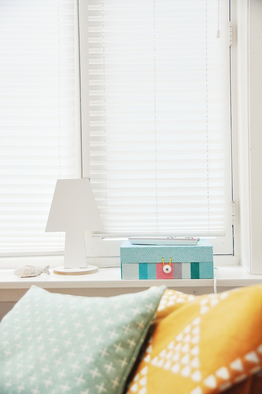 pillows, bedroom, window blinds